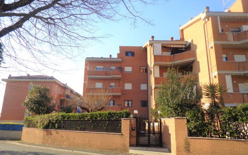 Genzano di Roma, Via Montegiove n. 32
