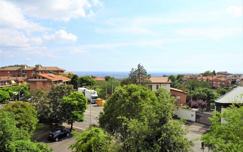 Genzano di Roma, Via Ugo La Malfa n. 3